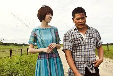 苑新雨和澎恰恰朝夕相處 情同父女(小檔).JPG
