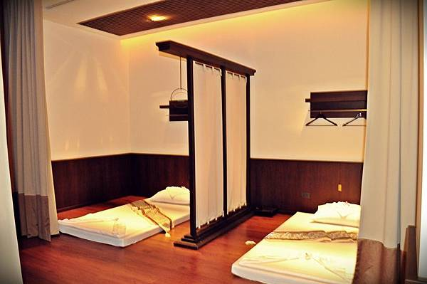 room_thai3