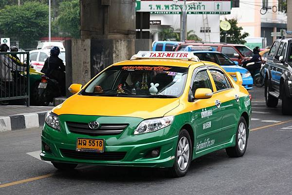 Taxi-meter_in_Bangkok_04[1]