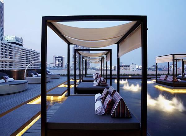centara-watergate-rooftop