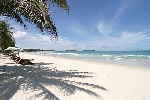 World___Thailand_Sandy_beach_in_the_resort_of_Hua_Hin__Thailand_061796_