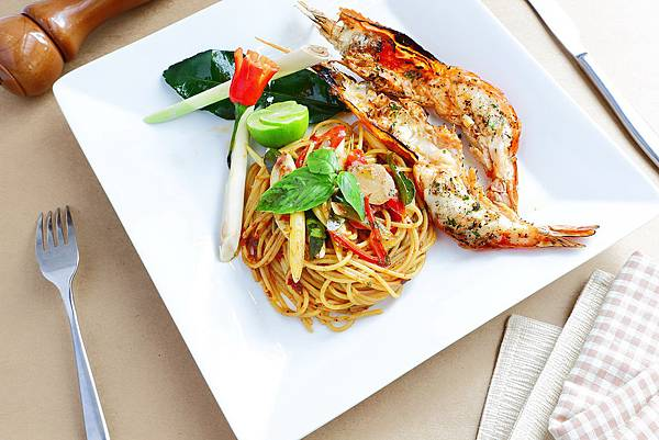 Spaghetti Tom Yum River Prawn