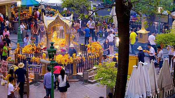 Erawan-Shrine-28111