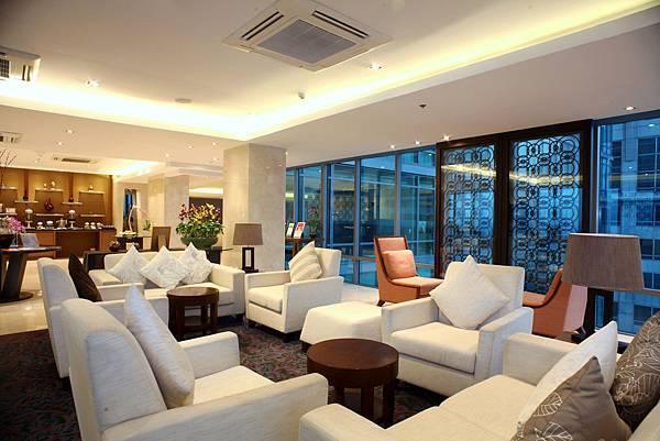 4. Sky Lounge