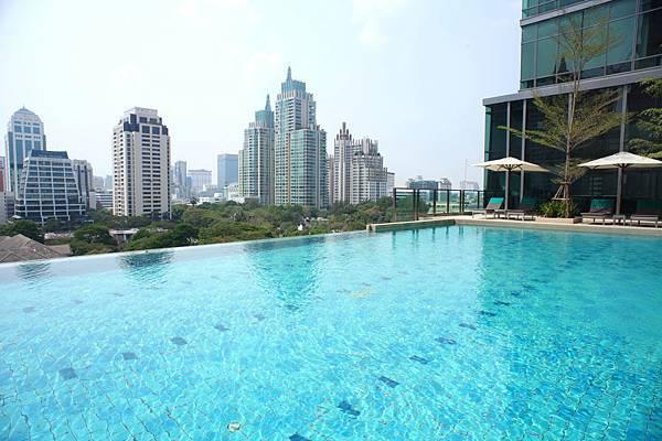 2. Infinity Sky Pool