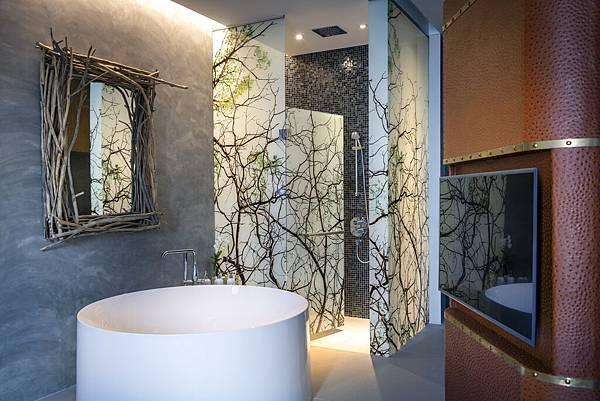 SO Studio_New Room Type_Bathtub