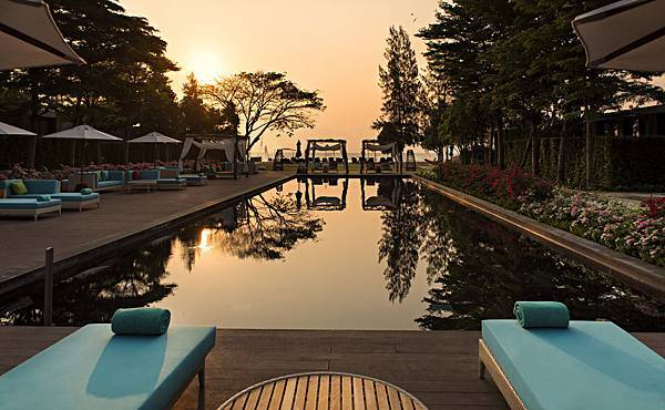 SO_Pool_SO_Sofitel_Hua_Hin