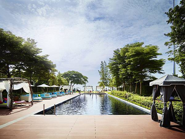 SO-Pool_SO Sofitel_Hua_Hin