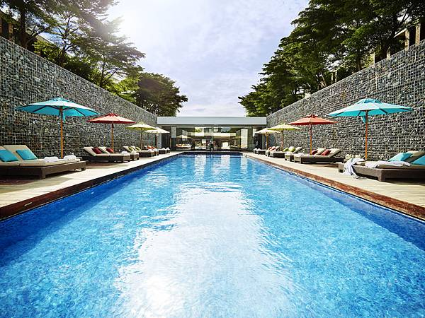 Solarium_Pool_SO Sofitel_Hua_Hin