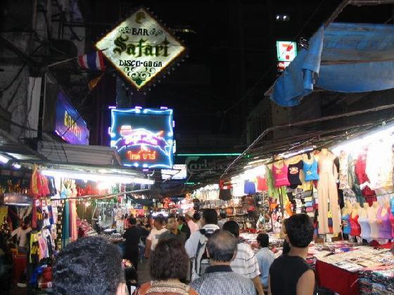 1536133-Patpong-Bangkok.jpg