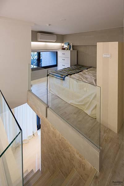 挑高夾層樓梯設計03.jpg