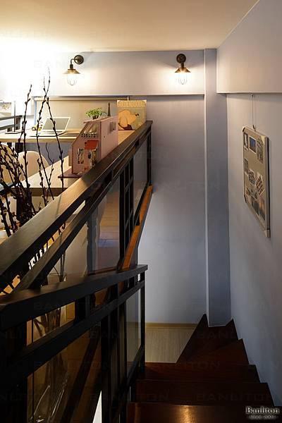 挑高夾層樓梯設計07.jpg