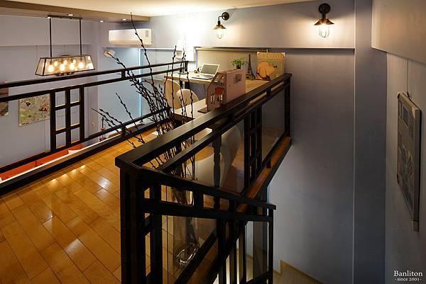 挑高夾層書房設計 05.JPG
