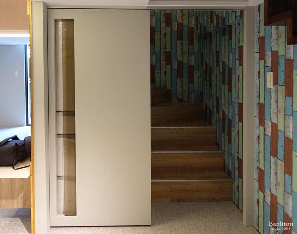 挑高夾層裝潢設計-沒格局的好格局!無敵景觀挑高夾層宅12.JPG