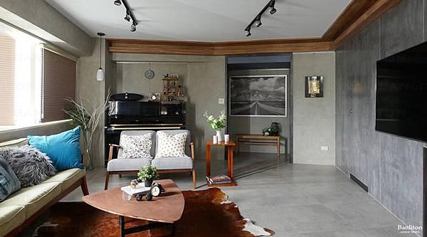 小坪數室內裝潢設計-灰斜美!翻轉狹長型老屋的新價值00.jpg