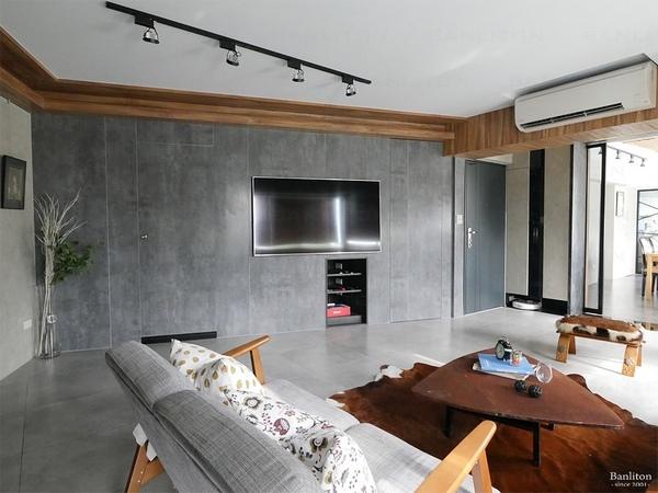 小坪數室內裝潢設計-灰斜美!翻轉狹長型老屋的新價值06.jpg