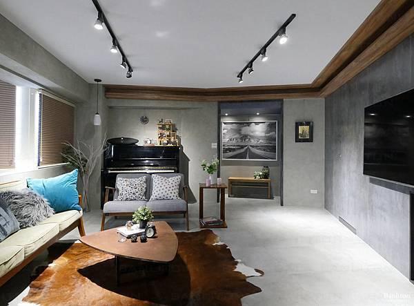 小坪數室內裝潢設計-灰斜美!翻轉狹長型老屋的新價值03.JPG