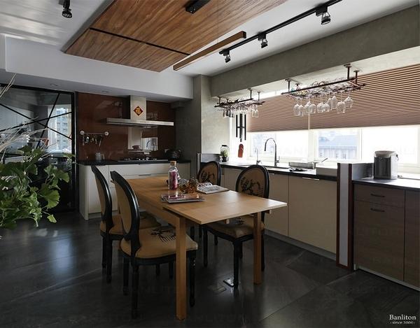 小坪數室內裝潢設計-灰斜美!翻轉狹長型老屋的新價值10.jpg