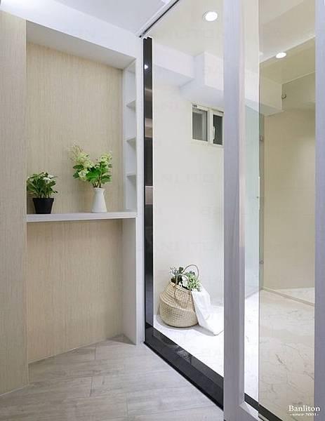 小坪數室內裝潢設計-灰斜美!翻轉狹長型老屋的新價值18.JPG