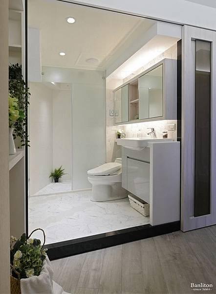 小坪數室內裝潢設計-灰斜美!翻轉狹長型老屋的新價值19.JPG