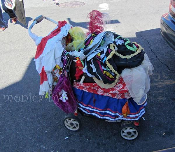 120908 Qn 067 parade old guy (3) elmhurst.JPG