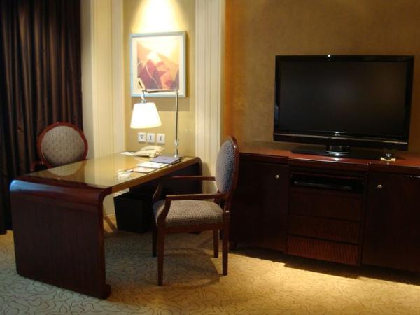 四季酒店-辦公桌