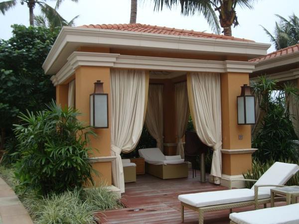四季酒店-游泳池畔休息室