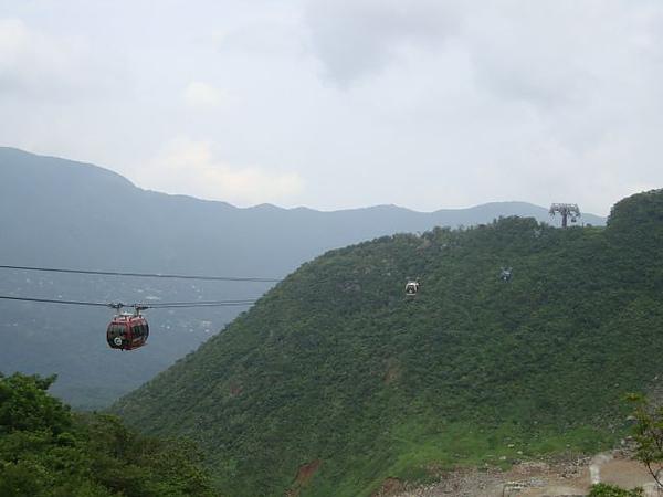 箱根纜車過峽谷