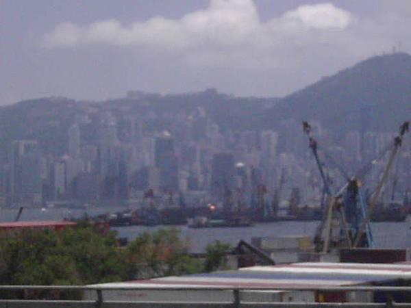 靠海港的城市