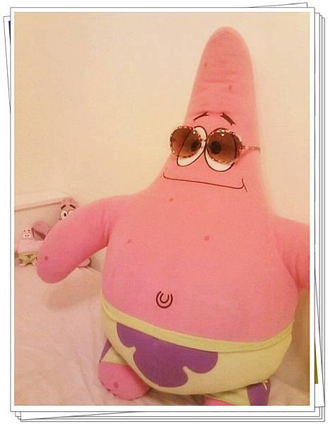 派大星wears my sun glasses