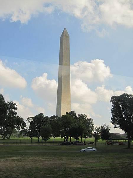這塔非常之重要 在華盛頓DC的中心位置