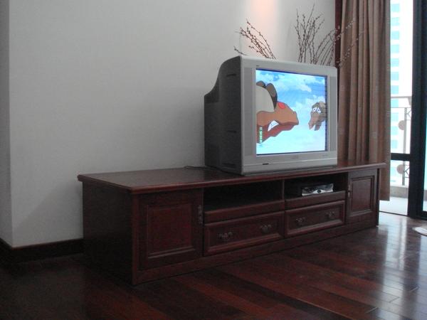 電視櫃及電視