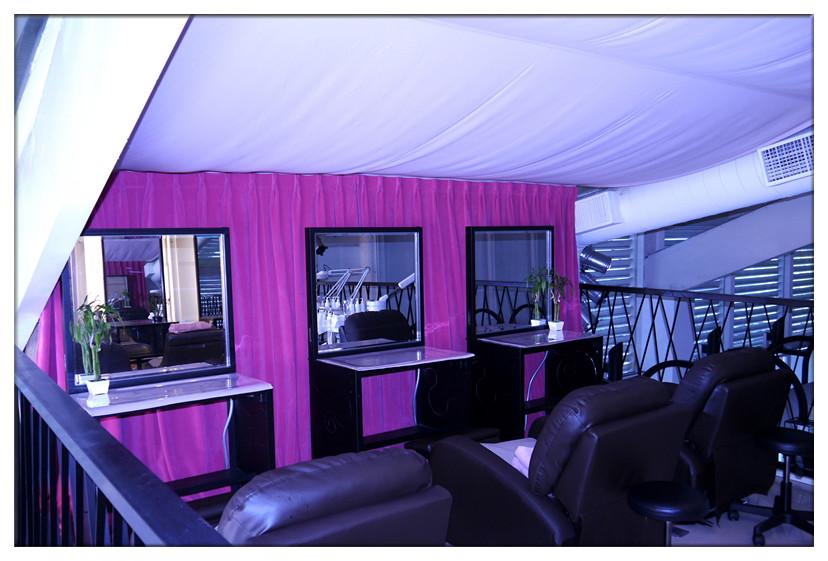 06-室內一角+最舒服的包覆式沙發躺椅_副本