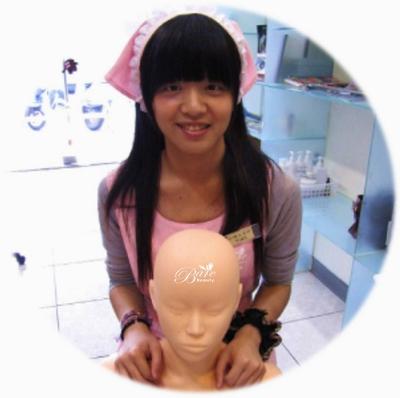 訓練美容師.jpg