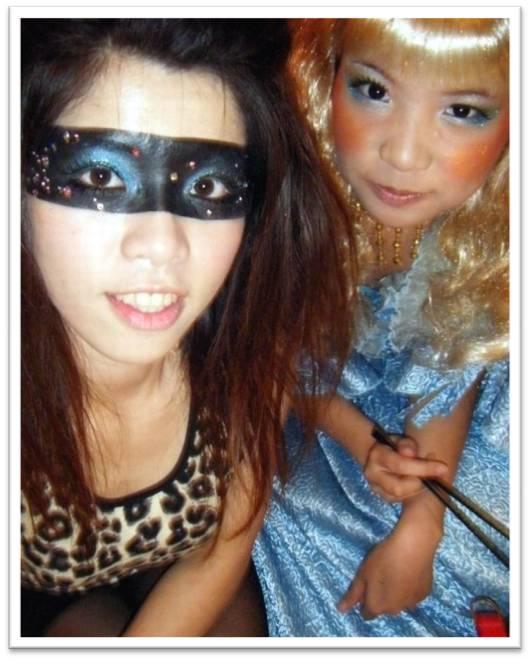 豹紋女KIKI and 愛麗斯公主.JPG