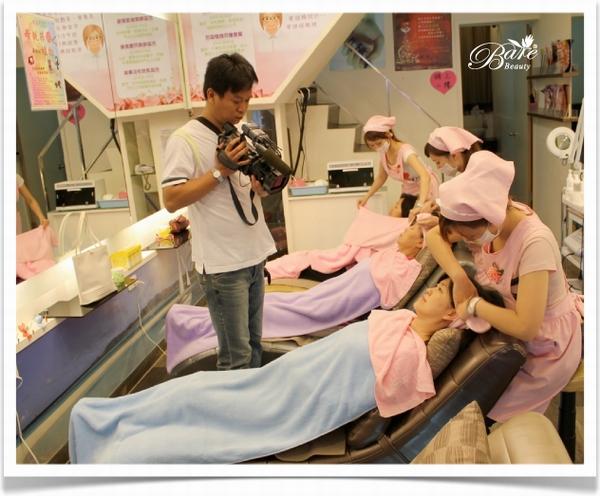 TVBS攝影師拍攝做臉流程.JPG