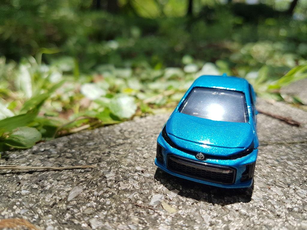 TOMICA No.76 2017 Toyota Prius PHV GR Sport