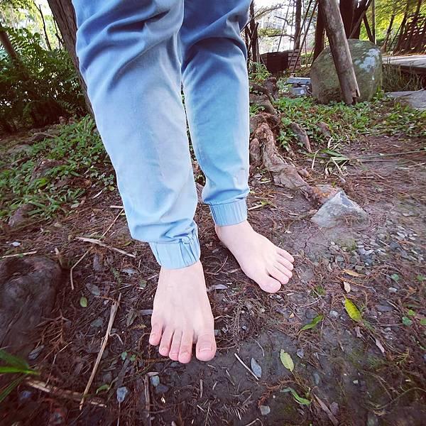 快樂的赤腳生活