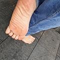 赤腳是一種生活態度、自信的展現
