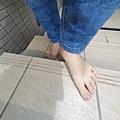 赤腳走路 預防感冒