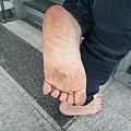 赤腳快樂,是人類的天性。