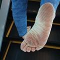 赤腳走路 全身暖透透