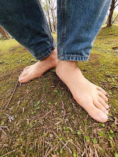 赤腳生活 赤腳走路是一門科學