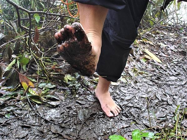 下雨天 赤腳天