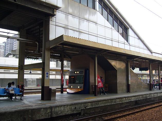 樹林站月台便當