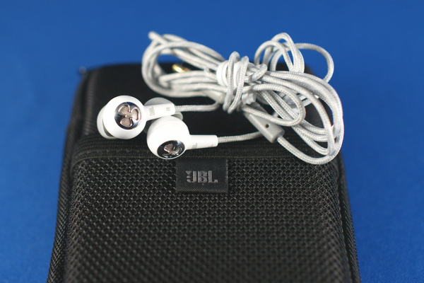 JBL reference 220