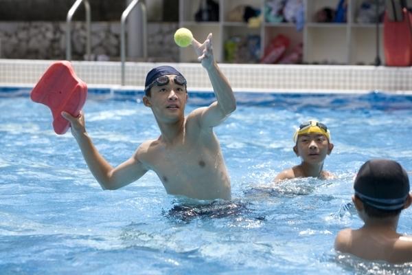 聖偉的游泳課