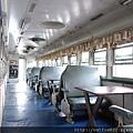 火車廂內部