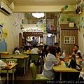 啄木鳥親子餐廳