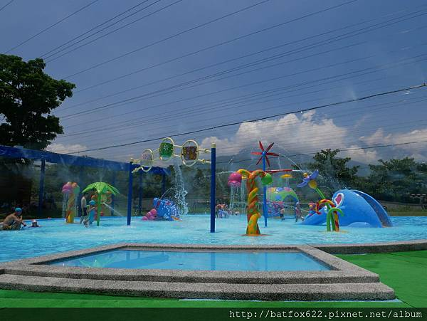 知卡宣親水公園